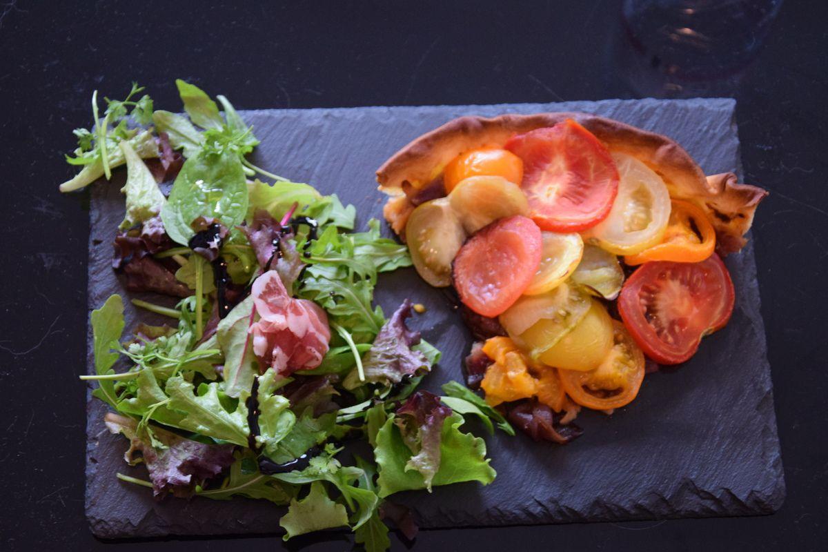 Recette tarte tomate aux confits d'oignons