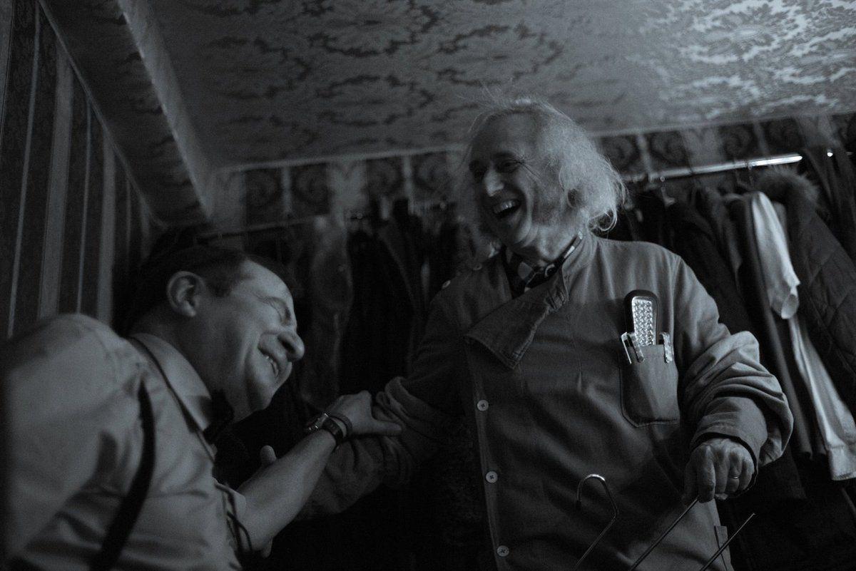 """Dans la loge, """"Les personnages Oubliés"""" (Photo Bogdan MD)"""