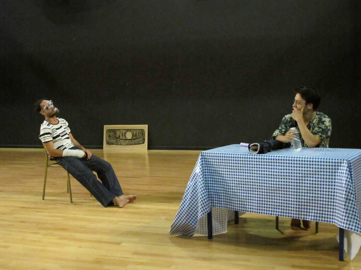 Enveloppe et miroir sont dans un bâteau (2010)