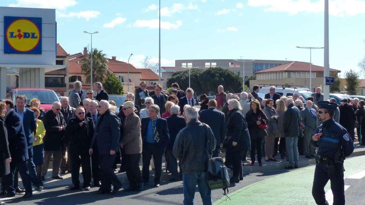 Inauguration du Rond Point des Palmes Académiques.