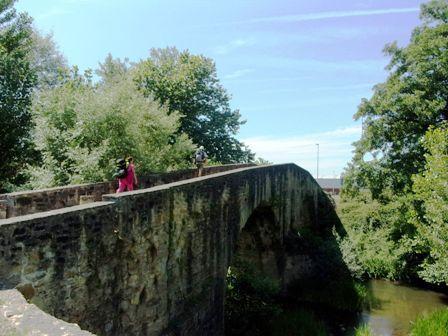 Mes compagnons sur le pont romain.