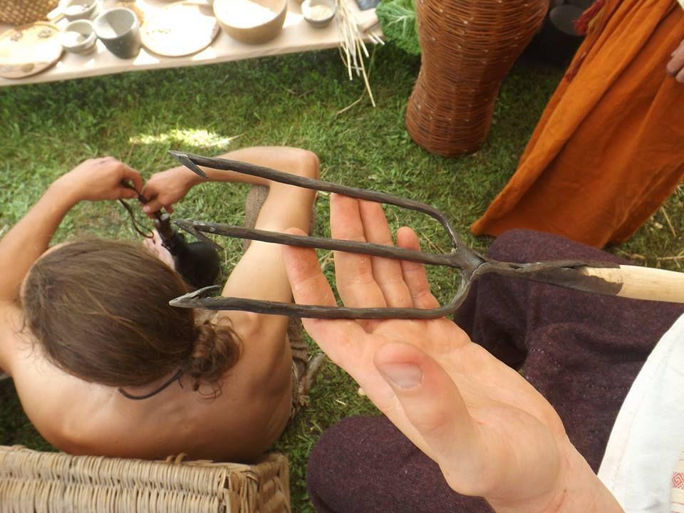 Un trident, ou foëne, utilisé pour la pêche...