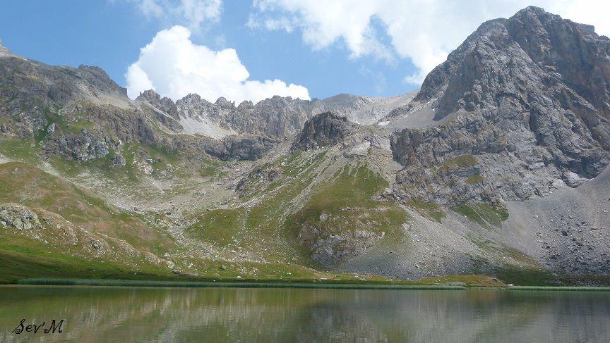 Le lac des Cerces 2405m.