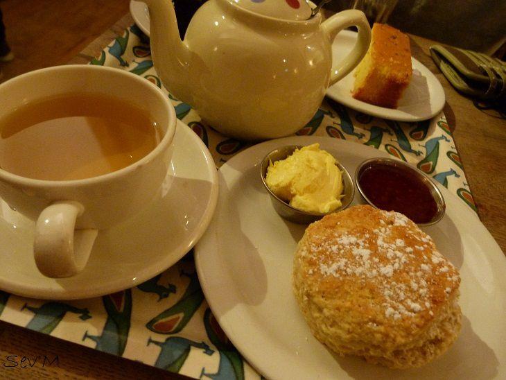 La révélation du séjour : le scone et son thé. Une merveille.