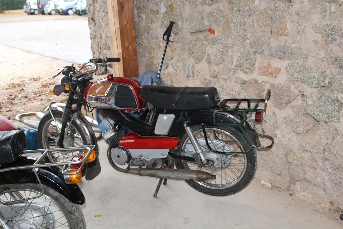 Marché moto La Roche-en-Brénil