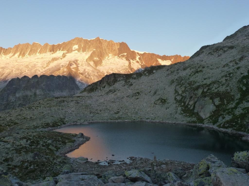 Lunière du matin sur le Bergsee et les Dammazwillinge