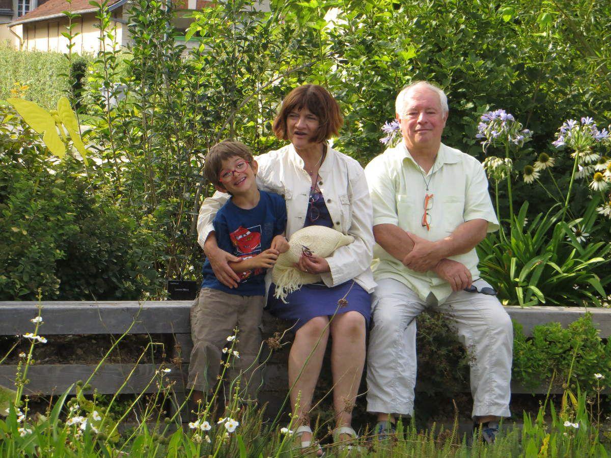 Passage chez papy et mamie de Normandie