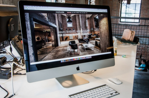 Report: iMac with upgraded screen, processor could arrive soon