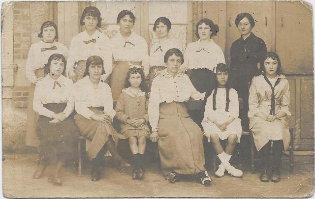 Ecole Notre Dame des Forges 28 juin 1915.