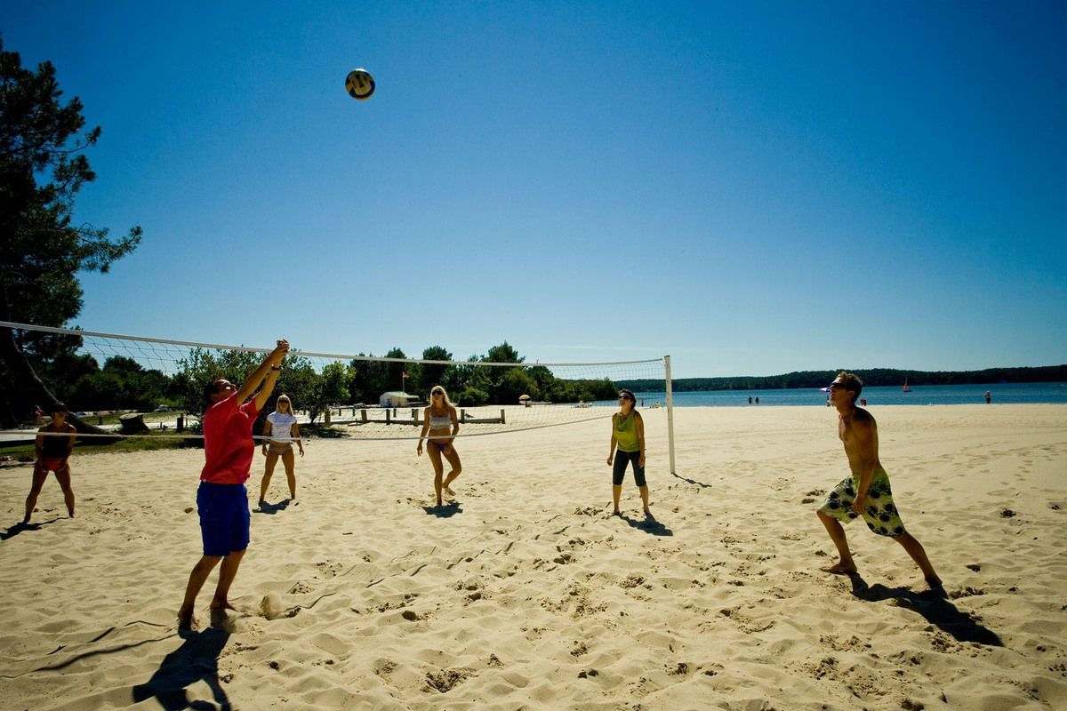 terrain de beach volley
