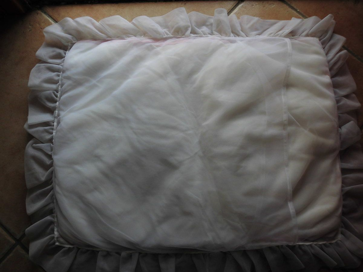 couvre lit, couverture enfant bb rétro vintage ...réservé non disponible