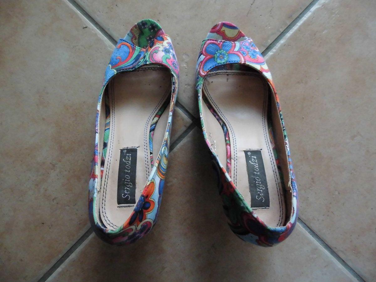 escarpins colorés 39 talon fin , avant ouvert open toe , cuir et tissus
