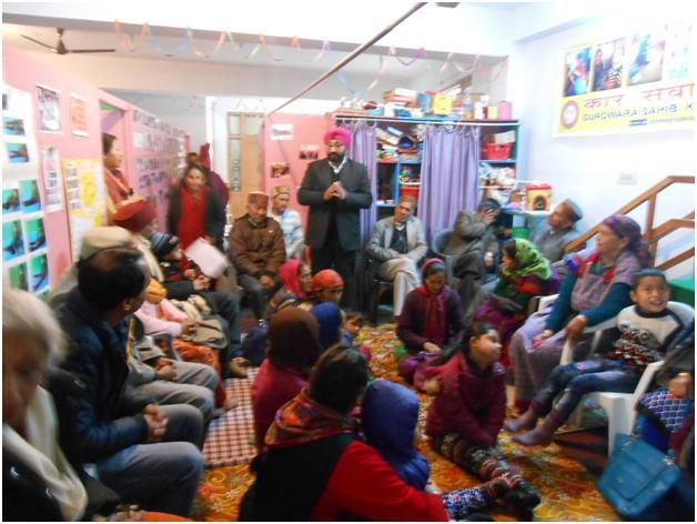 Mr Mandeep Singh, president of the Handimachal Society, addressing grandparents, parents and team members