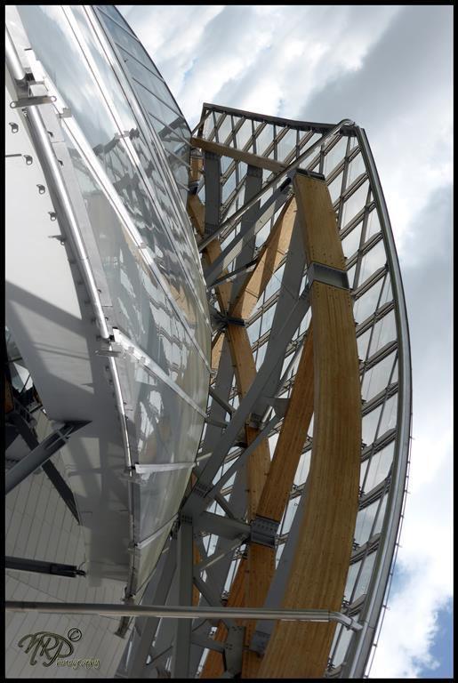 Fondation VUITTON: le grand vaisseau de verre