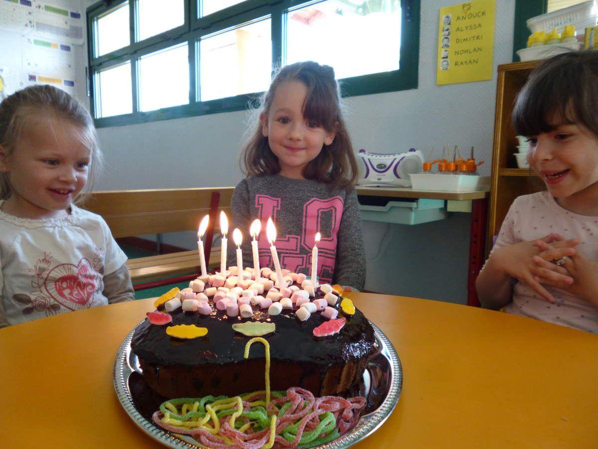 Joyeux anniversaire Chloé!