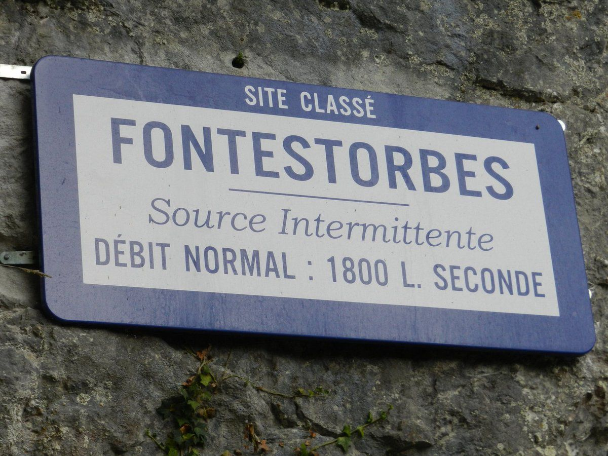 La source intermittente de Fontestorbes, unique au monde !!
