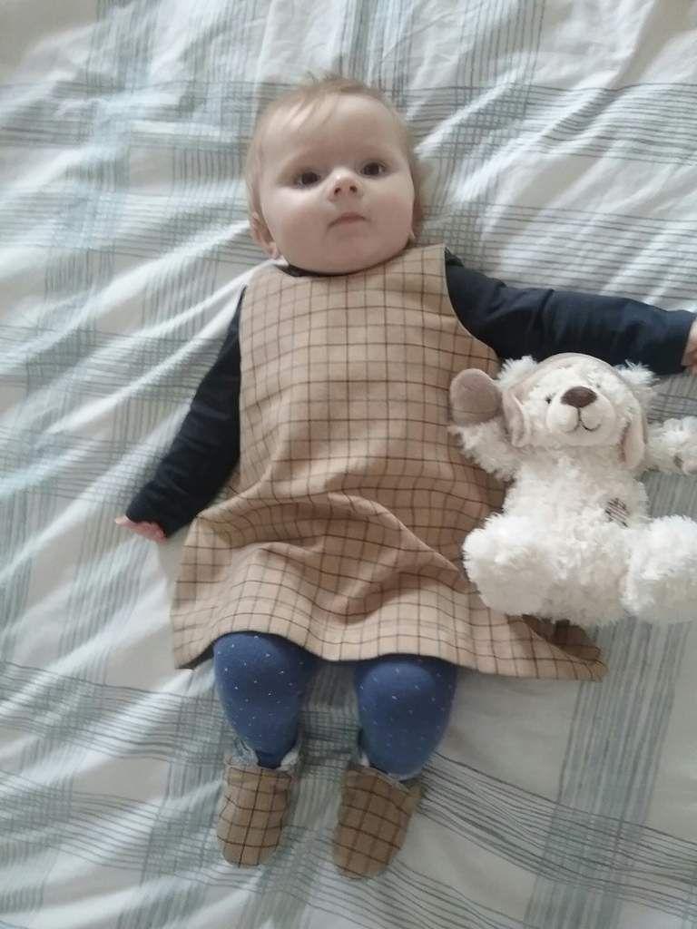 1ere robe de maman porté par sa petite modèle