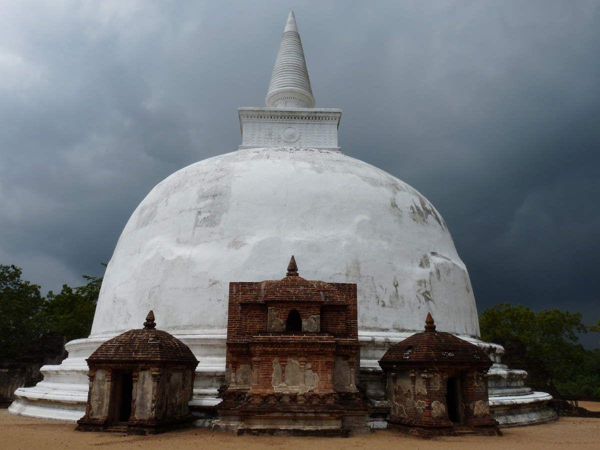 Polonnaruwa : sites historiques
