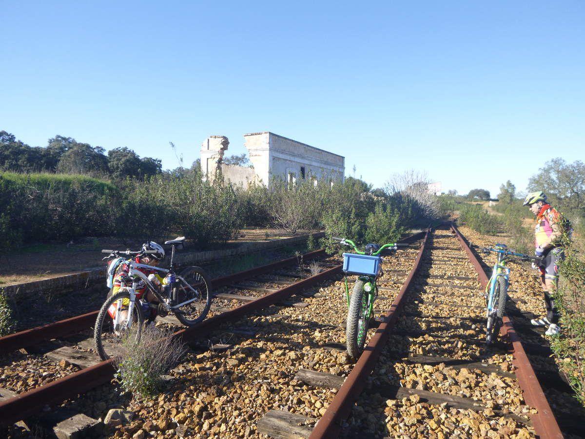 Recuperar como via verde el itinerario del ferrocarril THARSIS_CORRALES