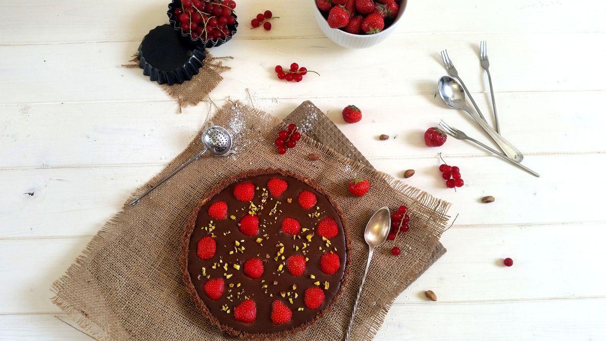 Tarte au chocolat et fraises sans cuisson