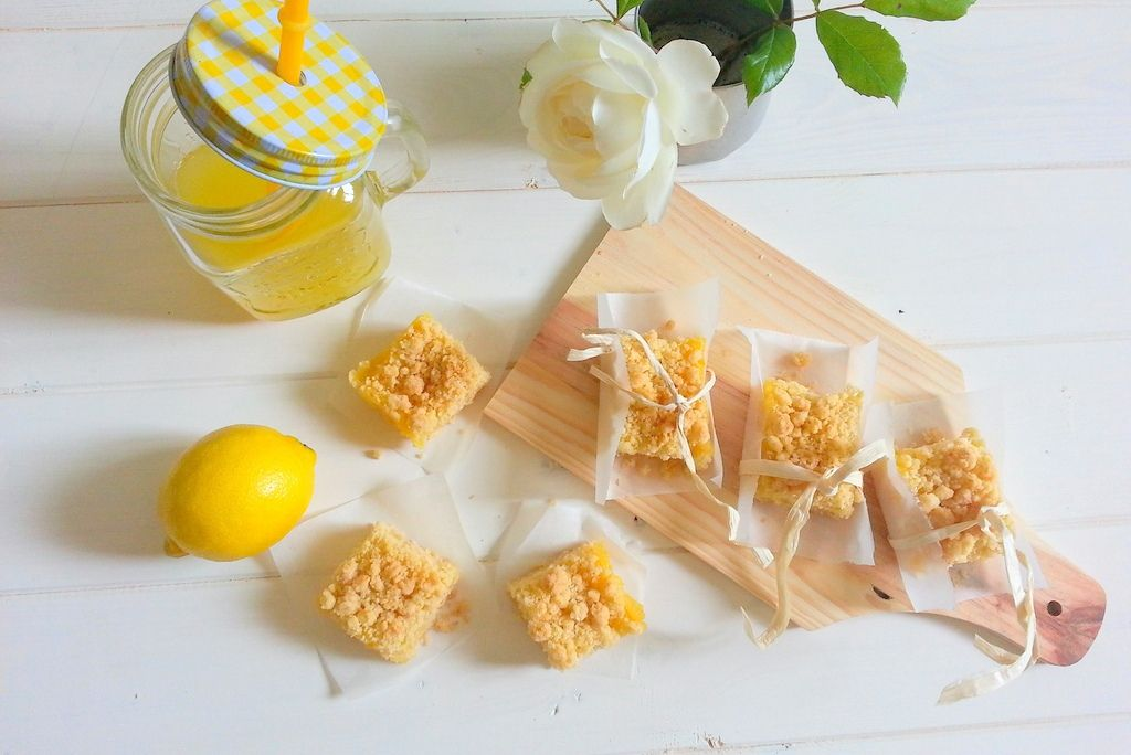 Carrés au citron et crumble au coco