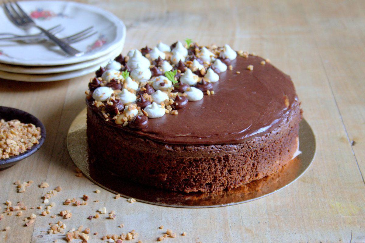 Brownie noisettes, dulce de lèche, crème chantilly au mascarpone