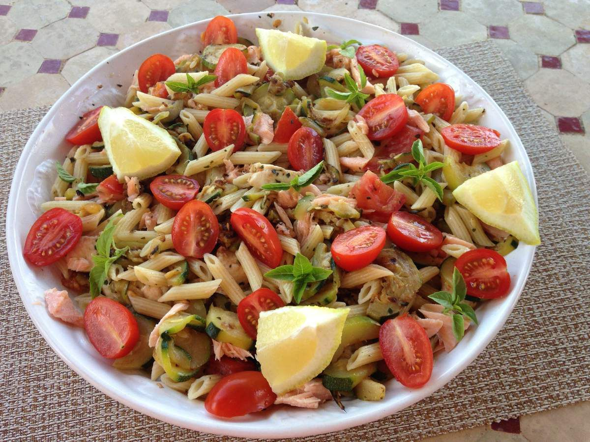 salade de pates au saumon et aux courgettes