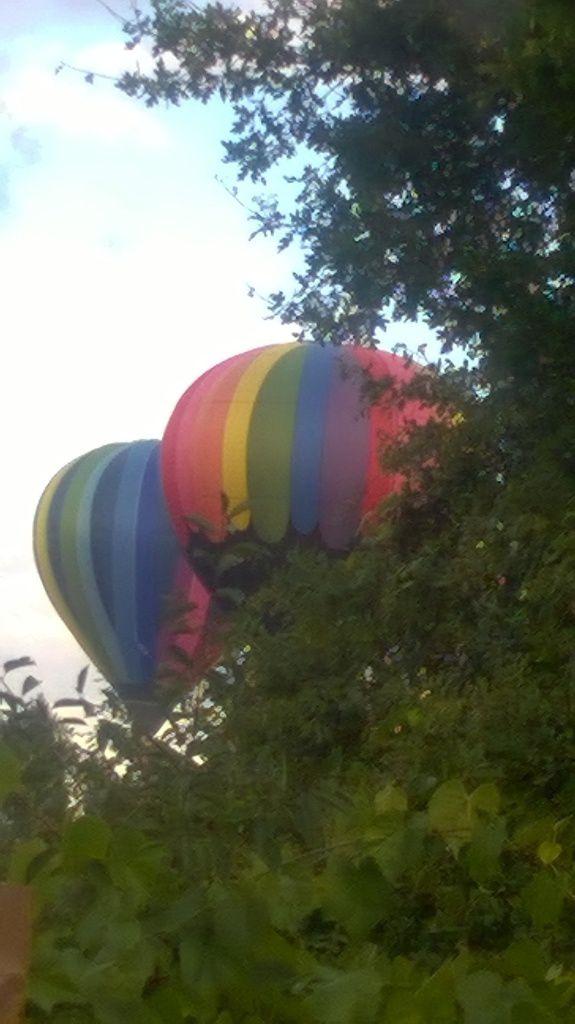 Aujourd'hui y a des couleurs dans le ciel