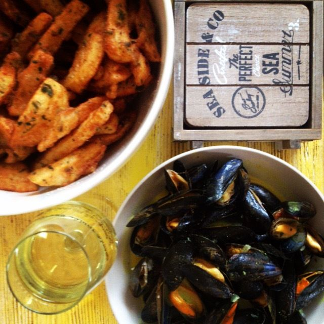 moules frites - mouclade