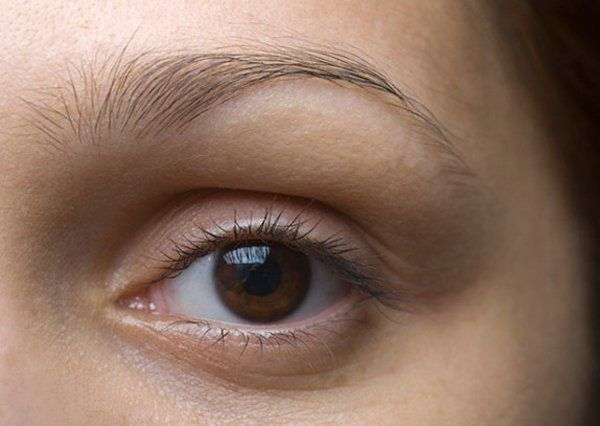 Les secrets sur les personnes aux yeux bruns, qu'elles-mêmes ignorent