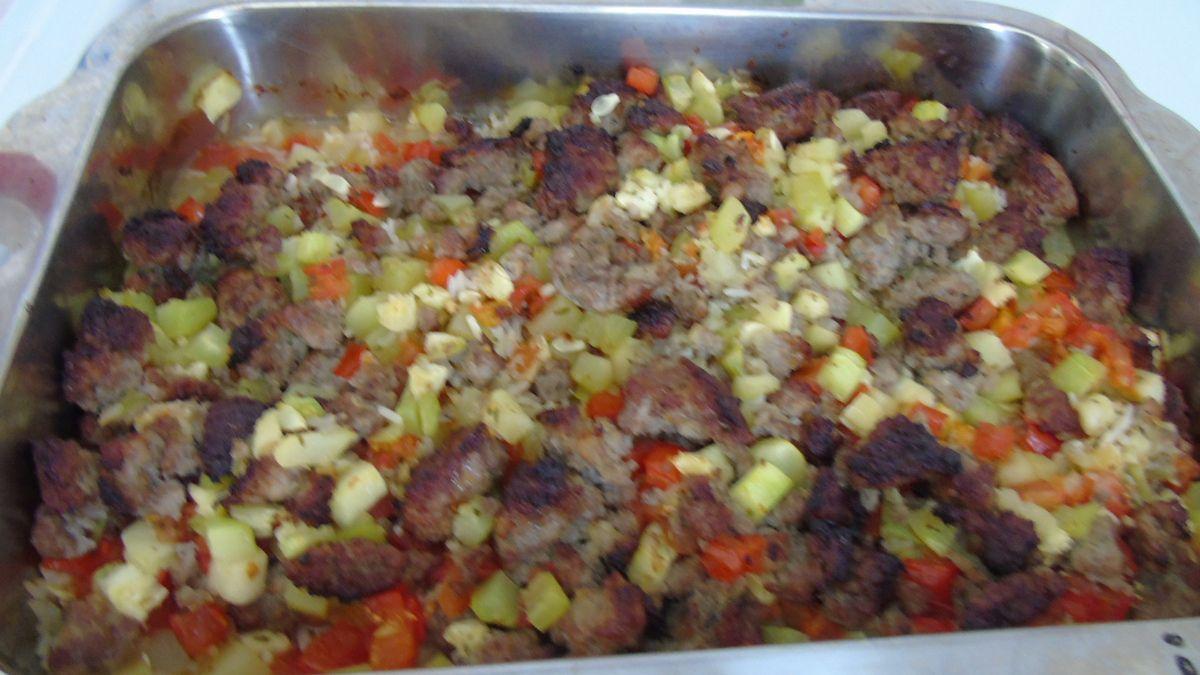 &quot&#x3B;Gratin&quot&#x3B; de courgettes ,tomates,riz et chair à saucisses