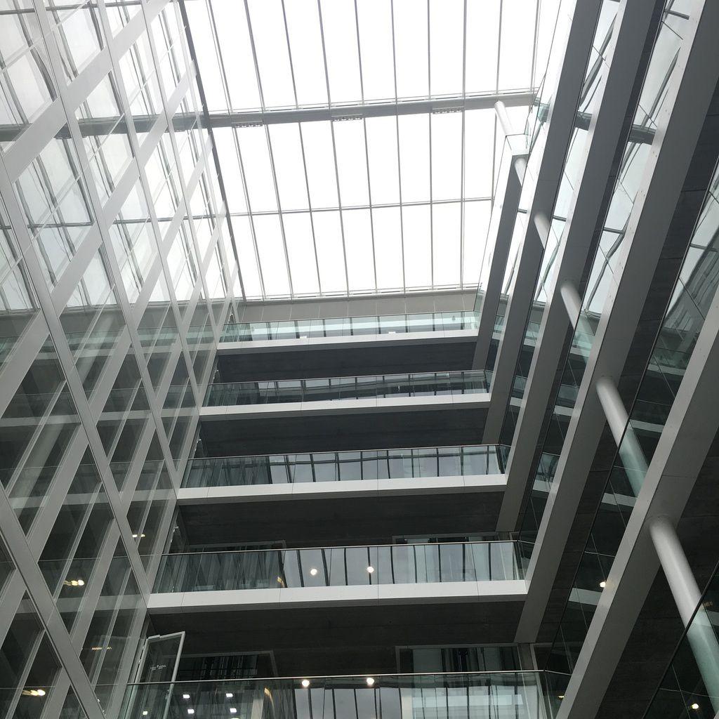 Le centre Bel un bâtiment neuf Éco