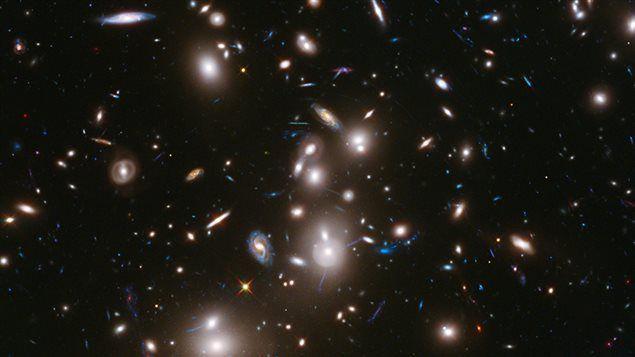 L'UNIVERS EST IMPLOSIF PUISQUE LE TRIANGLE EXISTE, C'EST MATHÉMATIQUES(fermaton.overblog.com)