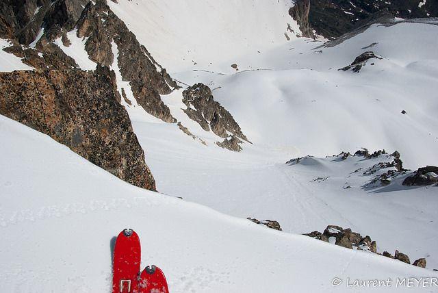 Ski de pente raide dans les cerces