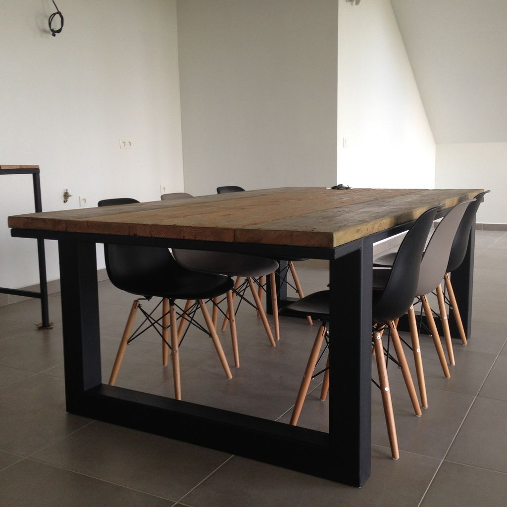 table manger 2 20 m tres x 1 20 m tres arti 39 biz entreprise locale. Black Bedroom Furniture Sets. Home Design Ideas