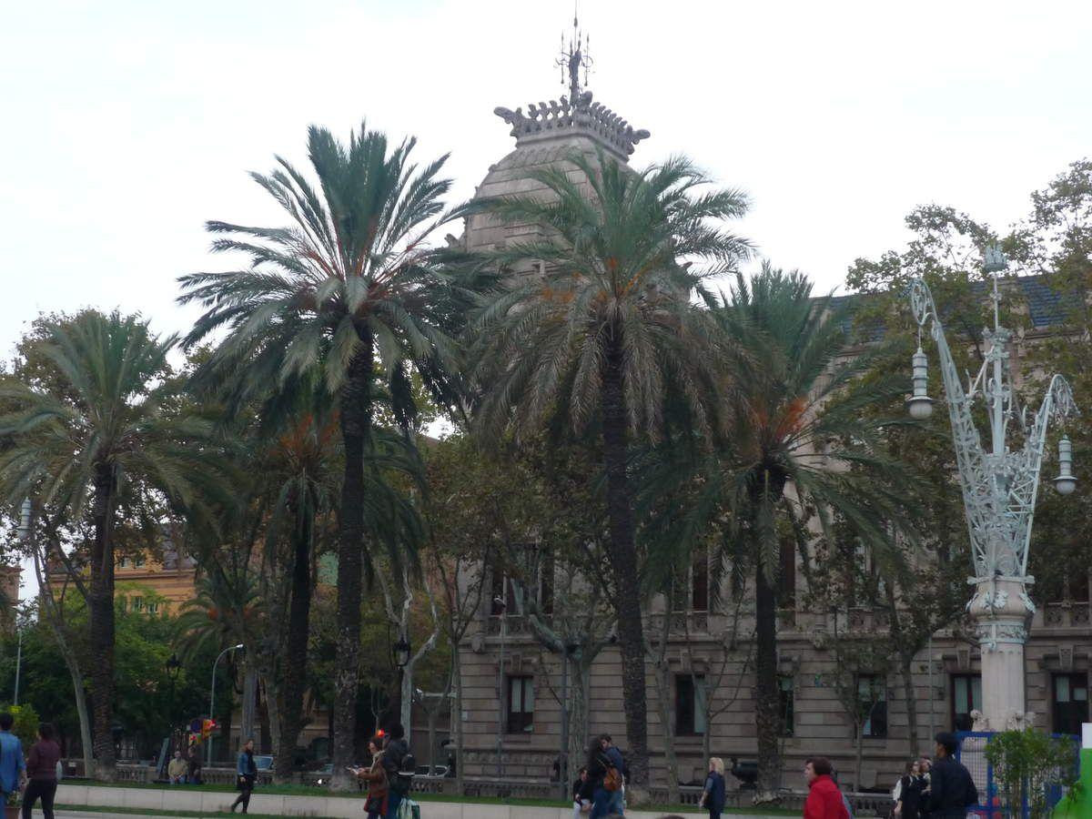 Parc de la Ciutadella et Arc de triomphe - Barcelone