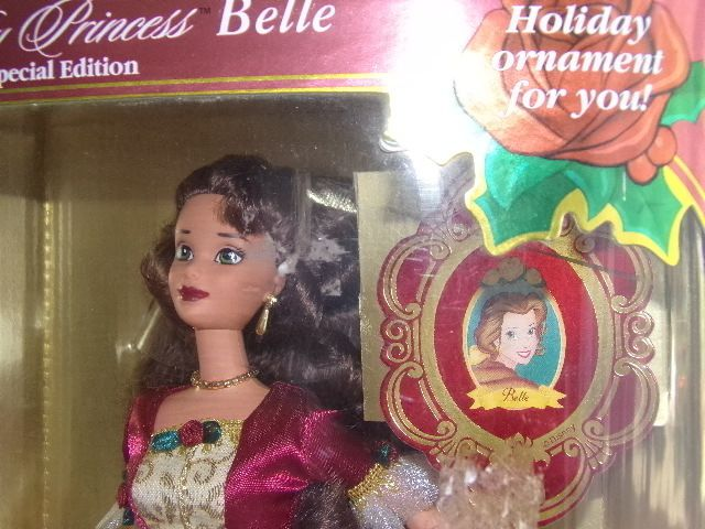 Poupée Barbie Disney Holiday Princess La Belle Le Noël Enchanté NRFB 1997