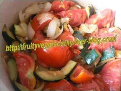 Tomates et courgettes à l'étouffée - Fruity Veggie Cathy