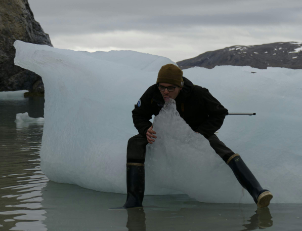 Suck my ice !