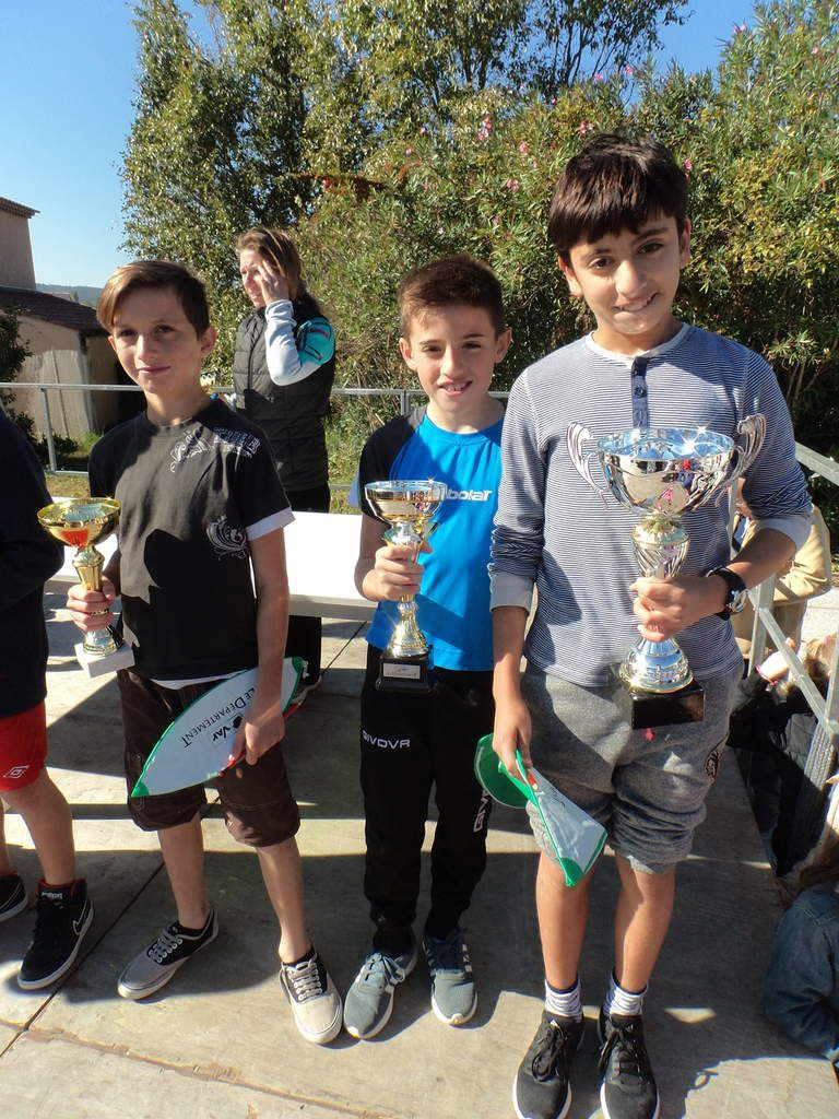 Les 3 premiers 6èmes: Nabit, Nicolas et Damien