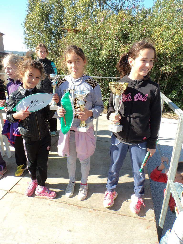 Les 3 premières de CM2: Mathilde, Shana et Wissam
