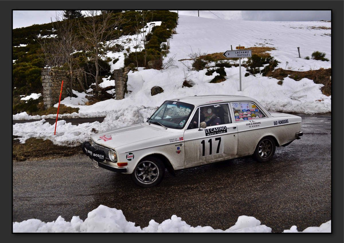 Peter LIE (NOR) Anders BJERKE (NOR) - Volvo 142 de 1968