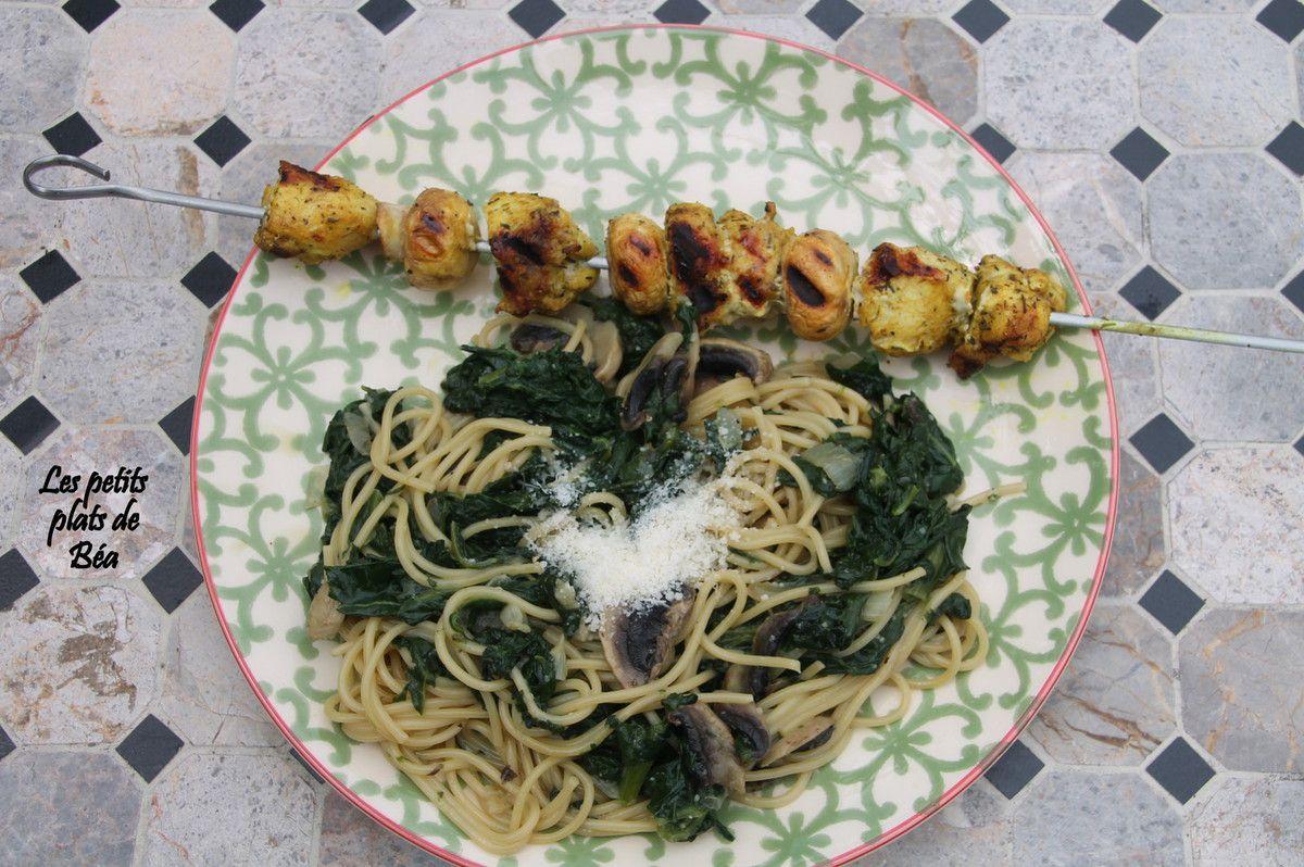 Spaghetti aux épinards et champignons comme un one pot pasta