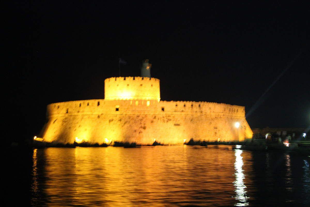Oeufs brouillés à la grecque - Grèce (5)  Ile de Rhodes, Rhodes ville