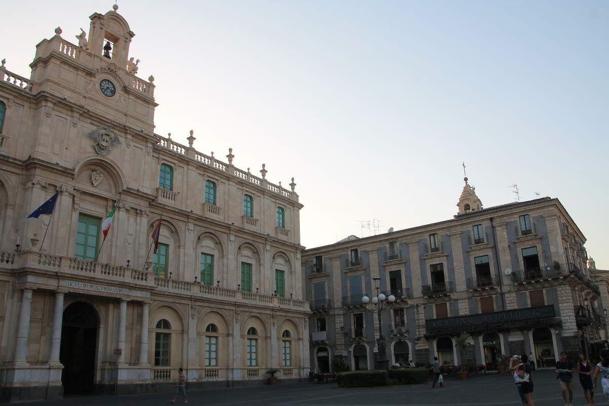 Rigatoni alla forma et ricotta au four -  Sicile (5) Catane et l'Etna