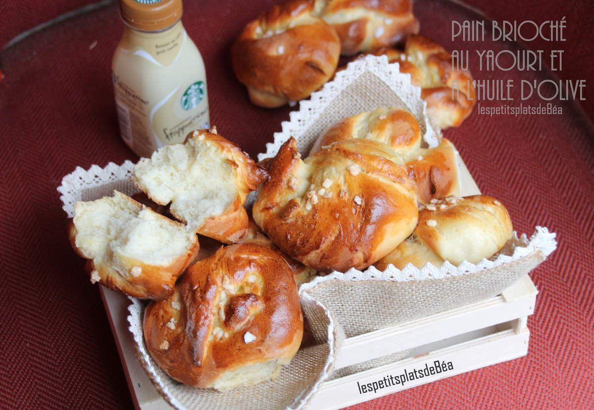 Petits pains-brioches au yaourt et à l'huile d'olive