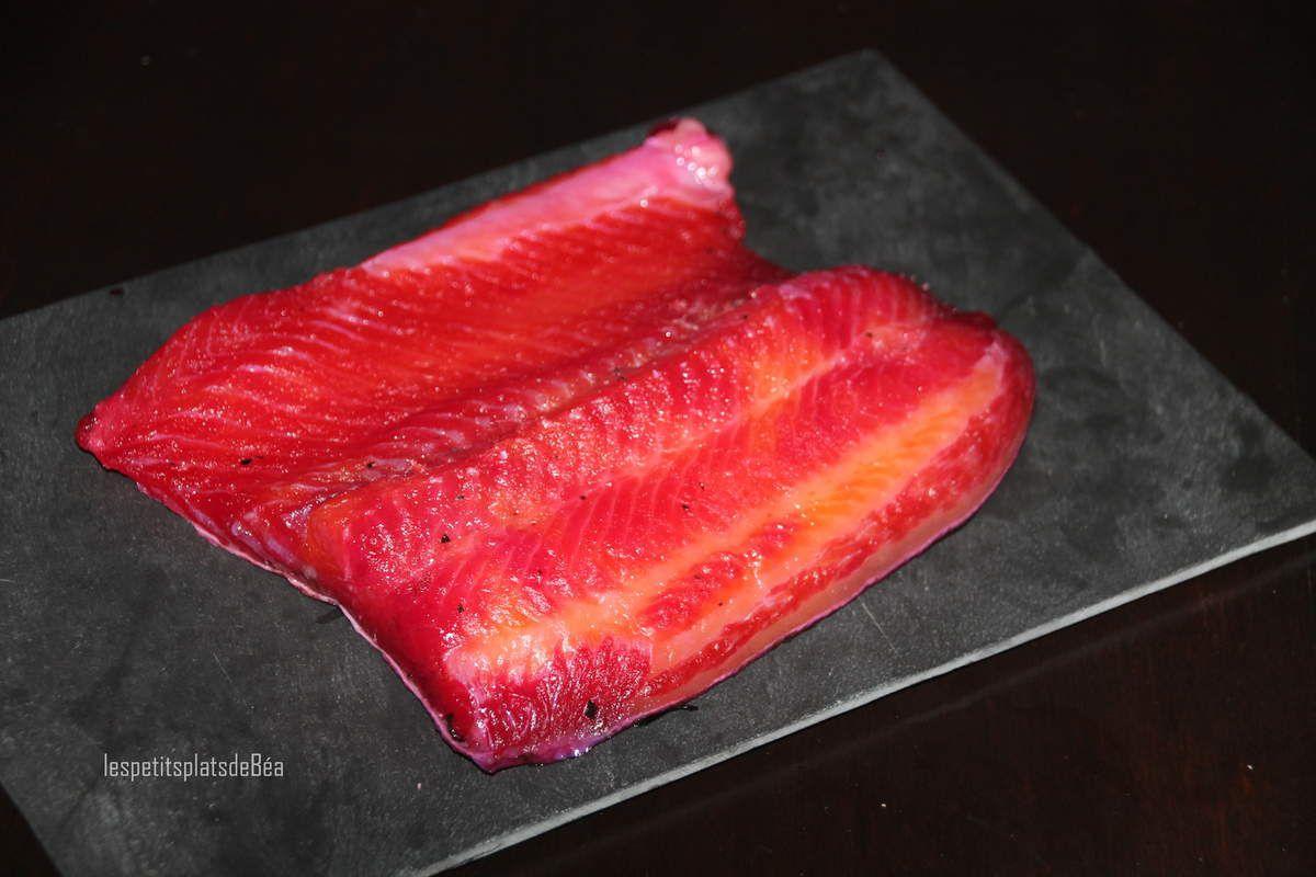 Saumon gravlax aux betteraves rouges