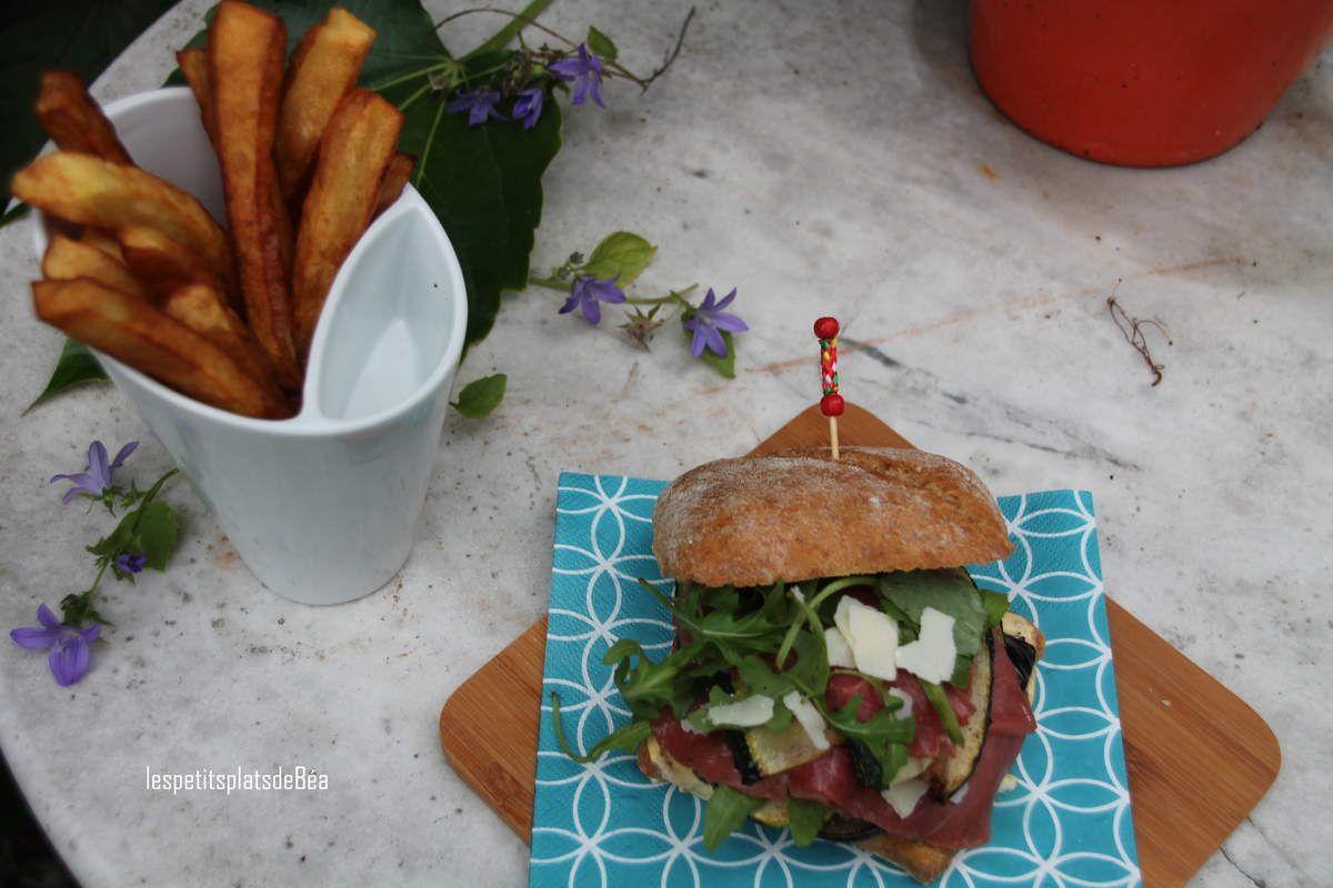 Burger carpaccio aux légumes grillés