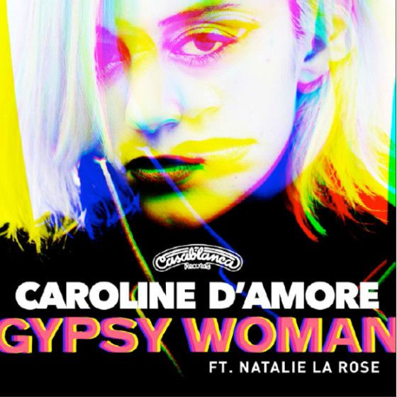 Caroline D'Amore reprend le tube de Crystal Waters