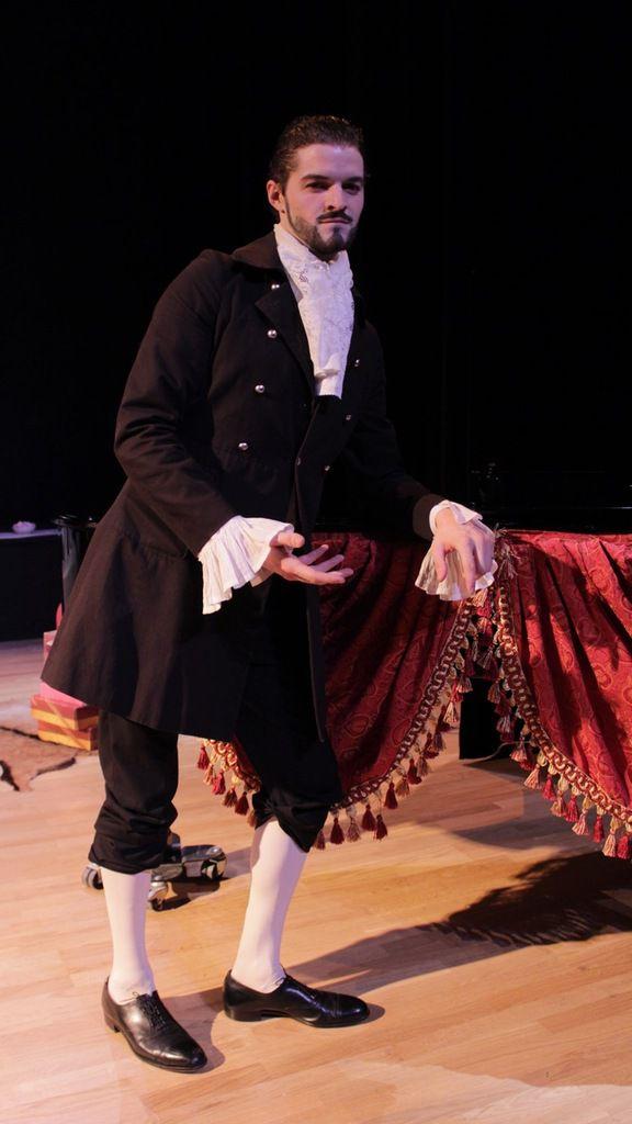 Alexandre Bussereau vous en dit plus sur La Veuve Choufleuri, une opérette moderne et déjantée !